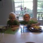 Samuel och Max, juli 2008.